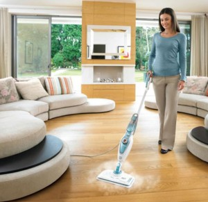Scopa a vapore Steam Mop di Black&Decker (photo credit www.blackanddecker.it)