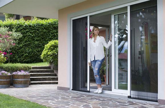 Zanzariere guida pratica alla scelta guida per casa - Zanzare in casa nonostante zanzariere ...