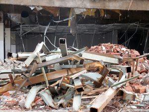Smaltimento dei rifiuti edili (photo credit pixabay.com)