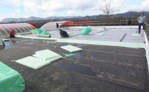 Realizzazione di tetto rovescio (photo credit www.isolpansrl.it)