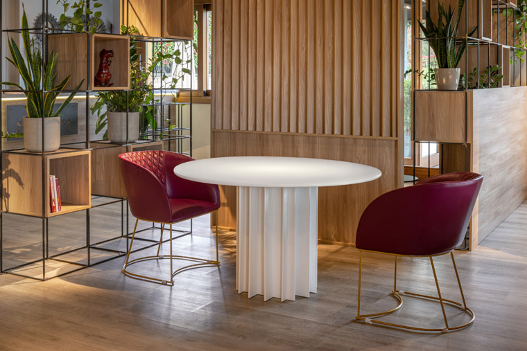 Tavolo Tomè di VittEr Design (photo credit Vincenti&Volonté comunicazione)